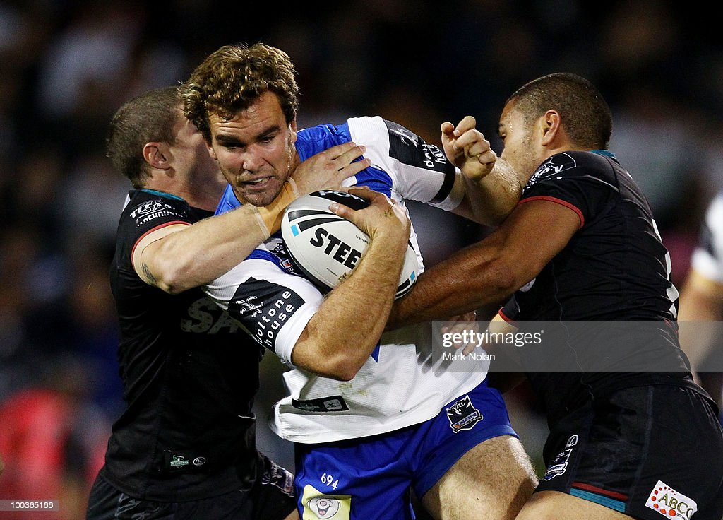 Gary Warburton of the Bulldogs is tackled during the round 11 NRL match between the Penrith Panthers and the Canterbury Bulldogs at CUA Stadium on May 24, 2010 in Sydney, Australia.