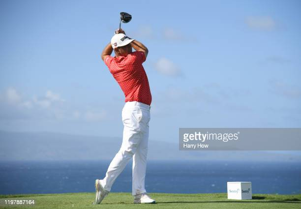 Gary Woodland of the United States plays his shot from the tenth tee during the final round of the Sentry Tournament Of Champions at the Kapalua...