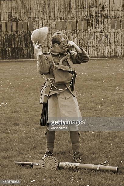 attaque gaz première guerre mondiale. - première guerre mondiale photos et images de collection