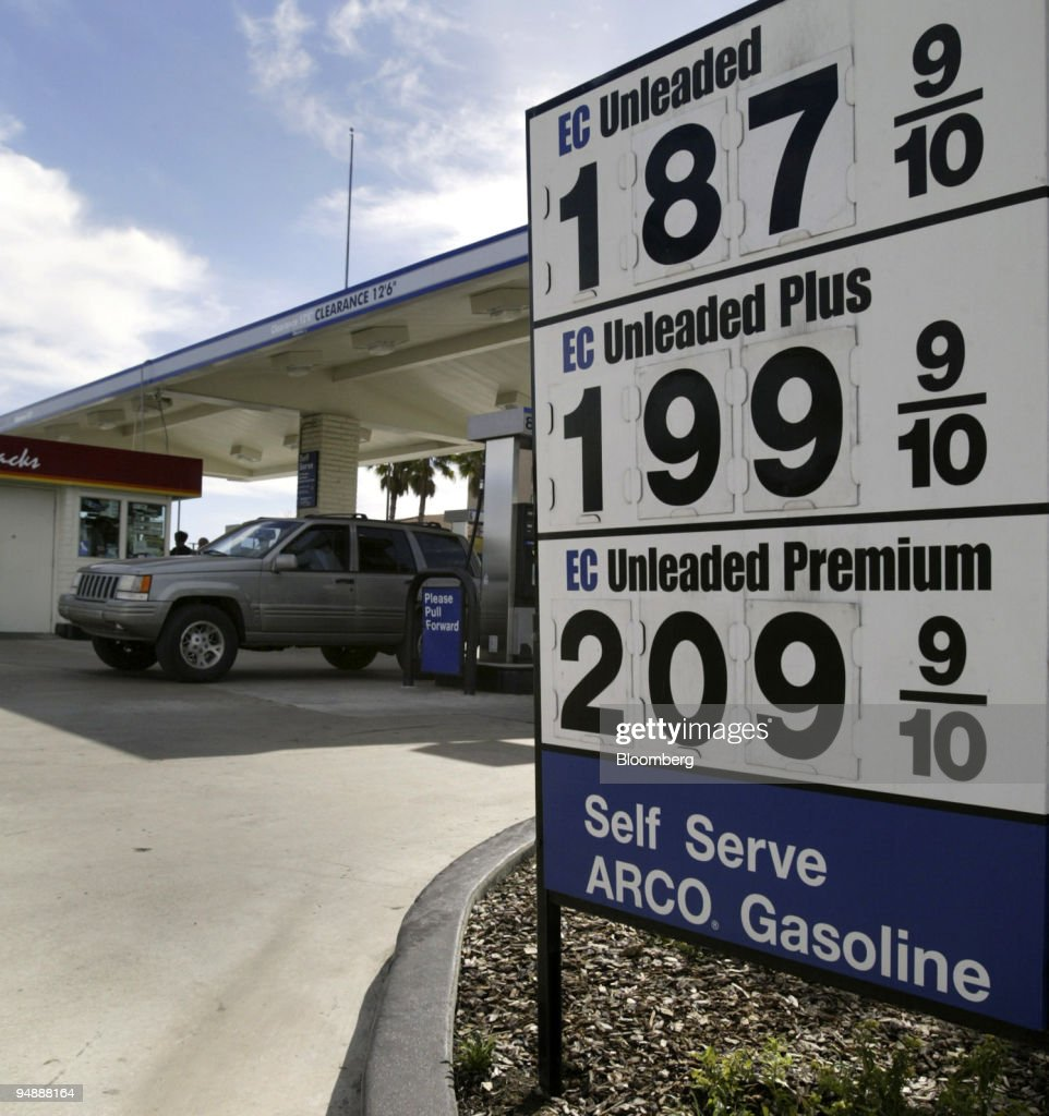Gas Prices San Diego >> Gas Prices Are Posted At A San Diego California Filling Station On