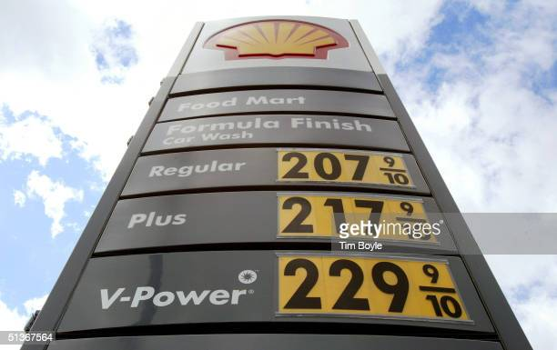 Gas prices are seen at a Shell gas station September 28, 2004 in Chicago, Illinois. Oil prices for the first time surpassed $50 a barrel. The price...