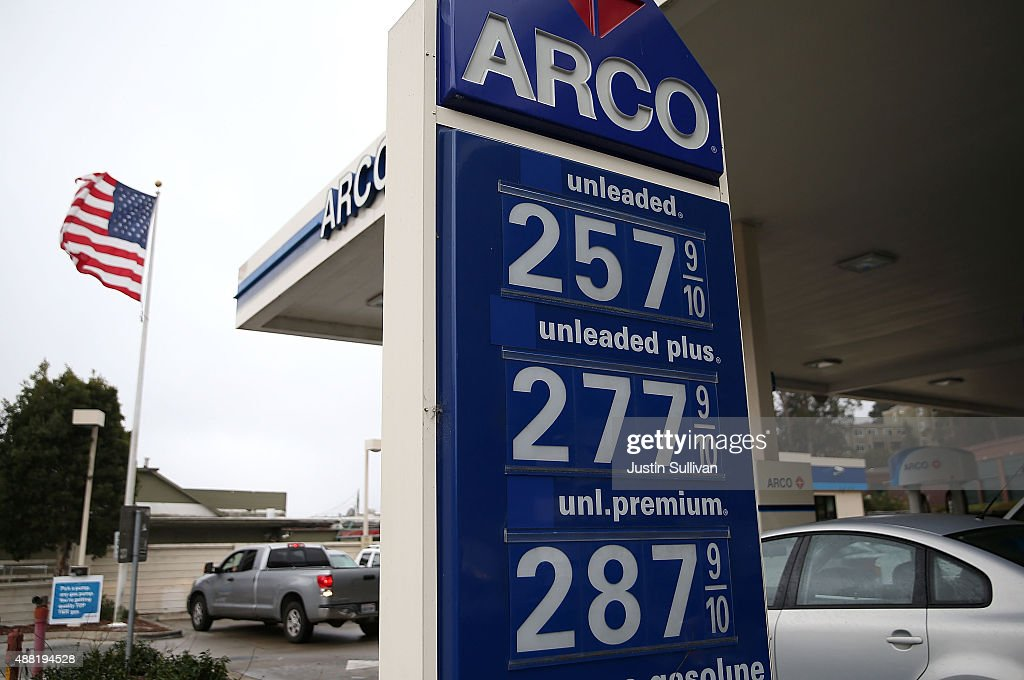 Arco Gas Prices >> Gas Prices Below 3 00 A Gallon Are Displayed At An Arco Gas