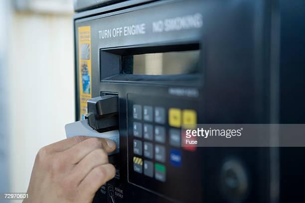 gas pump payment kiosk - セルフサービス ストックフォトと画像