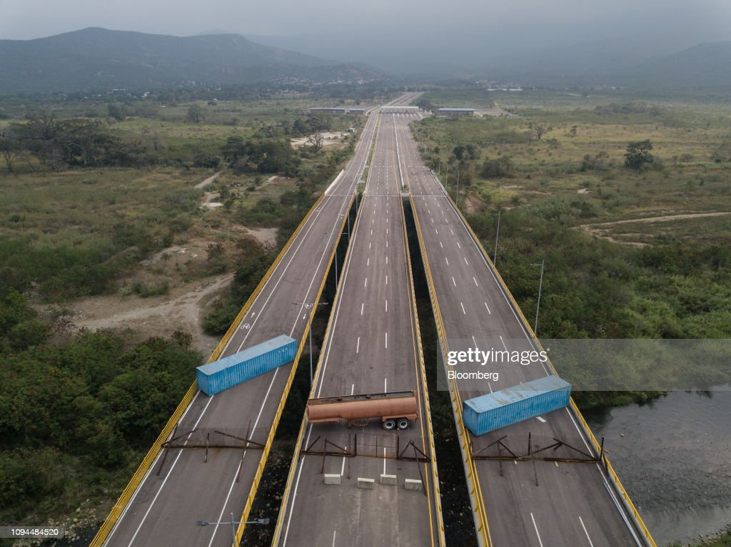 Maduro Shuns Humanitarian Aid While Asking for Sanctions Relief : News Photo