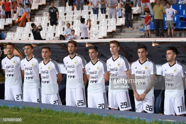 Gaston Gimenez Leandro Paredes Paulo Dybala Franco Vazquez Giovani Lo Celso Juan Marcos Foyth Renzo Saravia and Angel Correa of Argentina sing the...