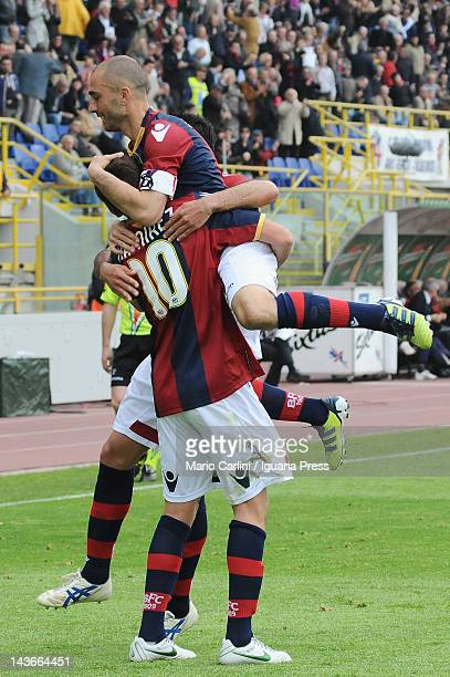 Gaston Ramirez of Bologna FC celebrates after scoring the opening goal during the Serie A match between Bologna FC and Genoa CFC at Stadio Renato...