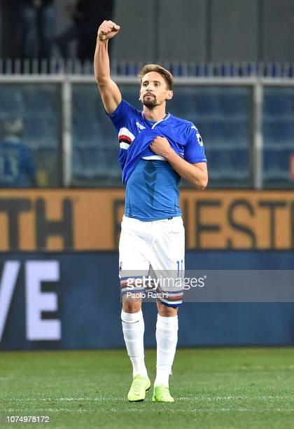 Gaston Ramirez of Sampdoria celebrates after scoring the second goal of his team during the Serie A match between UC Sampdoria and Chievo Verona at...