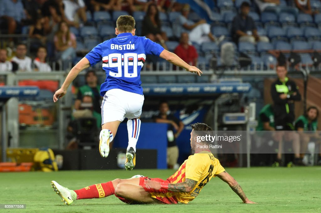 Gaston Ramirez of Sampdoria is tackled by Lorenzo Venuti of Benevento during the Serie A match between UC Sampdoria and Benevento Calcio at Stadio Luigi Ferraris on August 20, 2017 in Genoa, Italy.