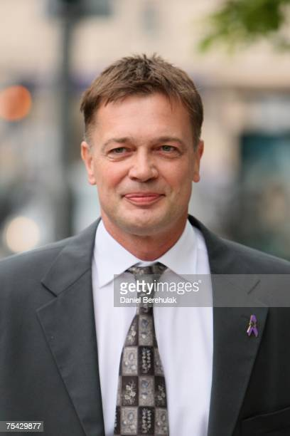 Gastroenterologist Dr Andrew Wakefield arrives at the GMC on July 16 2007 on London England Wakefield is appearing before the GMC accused of gross...
