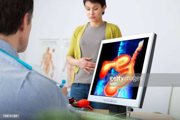 gastroenterology consultation - colon fotografías e imágenes de stock
