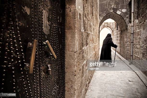 gate - aleppo stock pictures, royalty-free photos & images