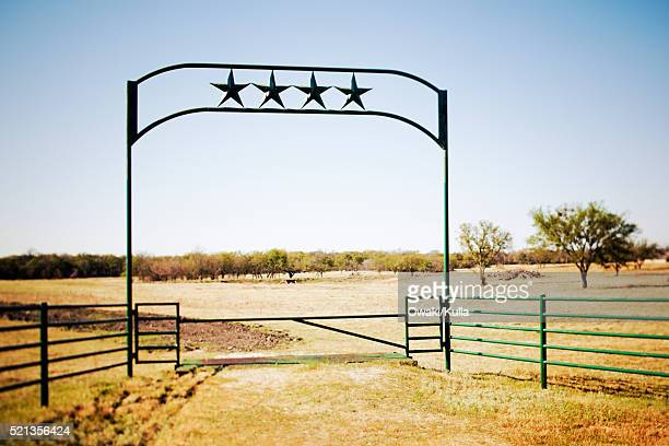 gate to ranch - ranch stock pictures, royalty-free photos & images