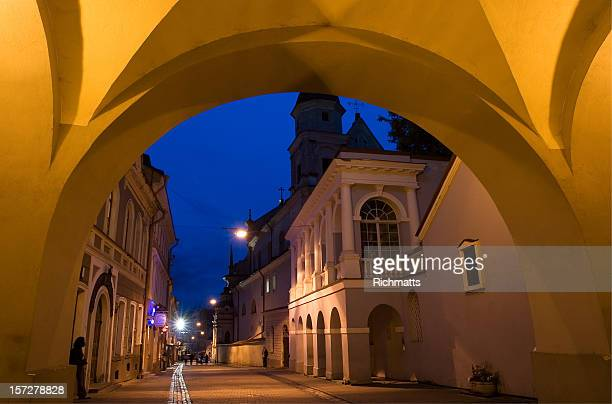 Gates of Dawn in night_Vilnius, Litauen