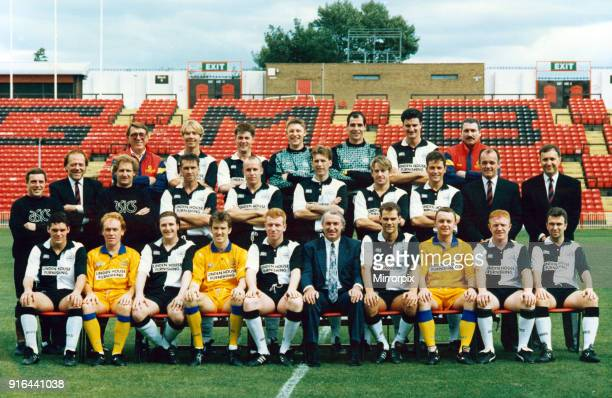 Gateshead team groups 93/94 The team line up for the new Vauxhall conference seasons Back row Ian Bruce Paul Proudlock Paul Dobson Simon Smith Peter...