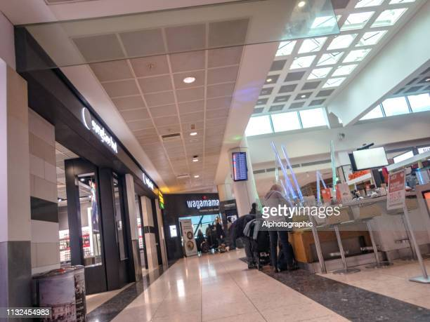 gatwick departure lounge - west sussex stock pictures, royalty-free photos & images