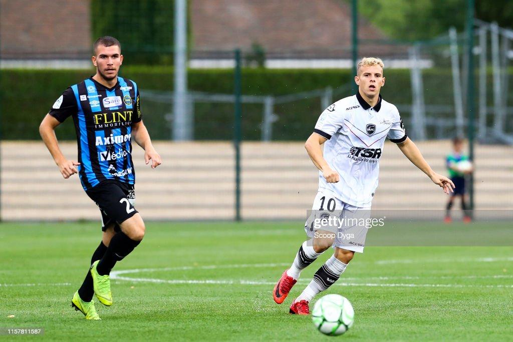 Football Club de Chambly Oise v Valenciennes Football Club - Ligue 2 : News Photo
