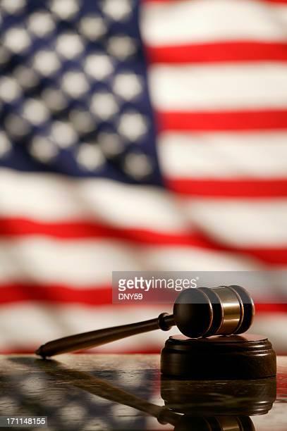 Richterhammer & Amerikanische Flagge