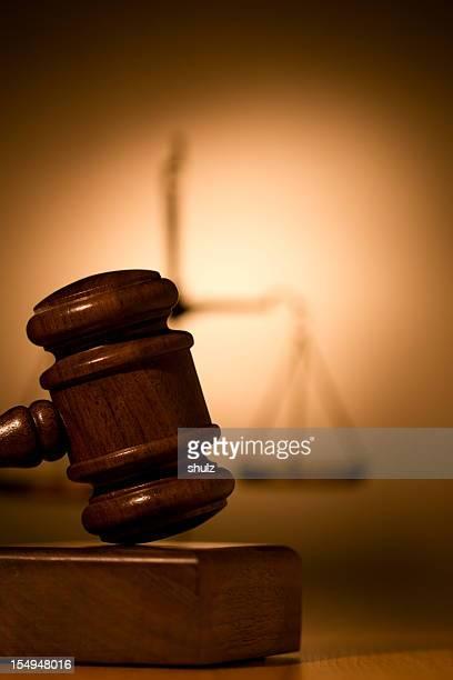 Martelo de Juiz e escala