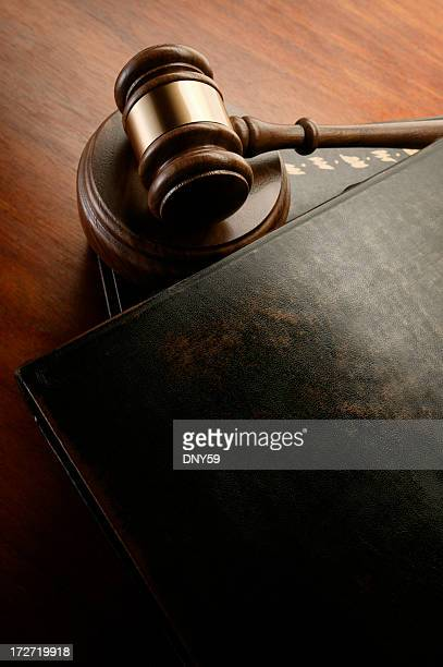 Gavel & Law Books