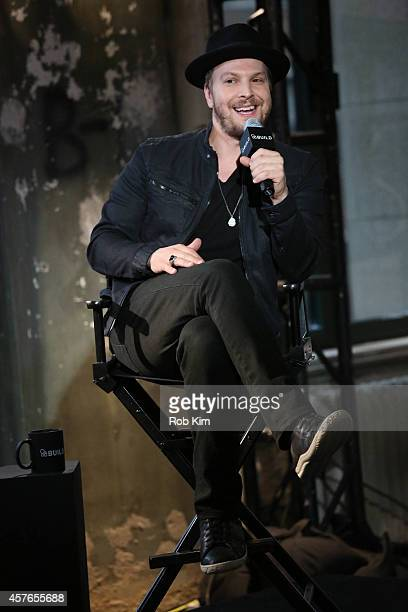 Gavin DeGraw attends AOL BUILD Series Presents Musician Gavin DeGraw at AOL Studios In New York on October 22 2014 in New York City