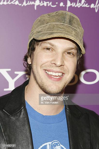 Gavin DeGraw during Yahoo and Jessica Simpson Celebrate A Public Affair Arrivals at The Roxy in Manhattan New York United States