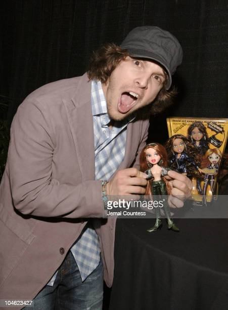 Gavin DeGraw during Z100's Zootopia 2005 - On 3 Productions Gift Lounge at Continental Airlines Arena in East Rutherford, New Jersey, United States.