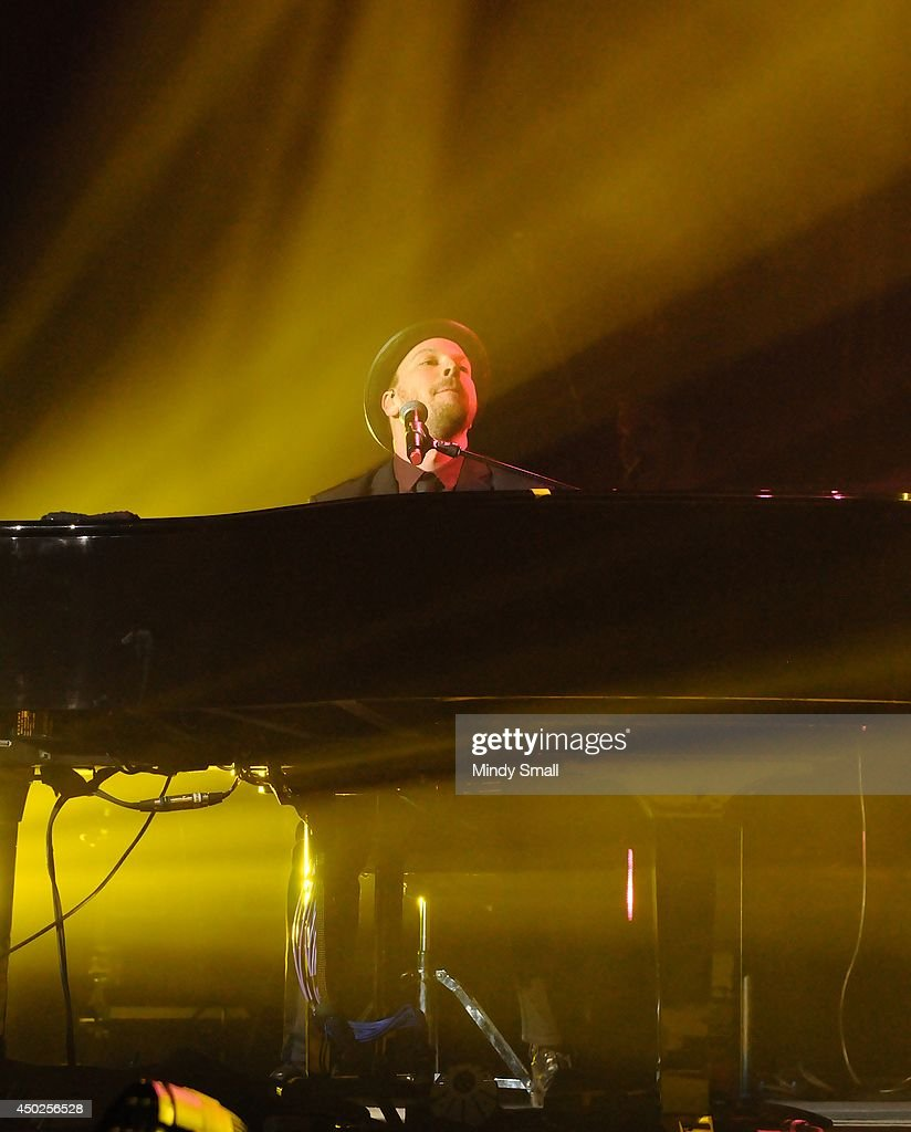 Billy Joel In Concert - Las Vegas, NV Photos and Images | Getty Images