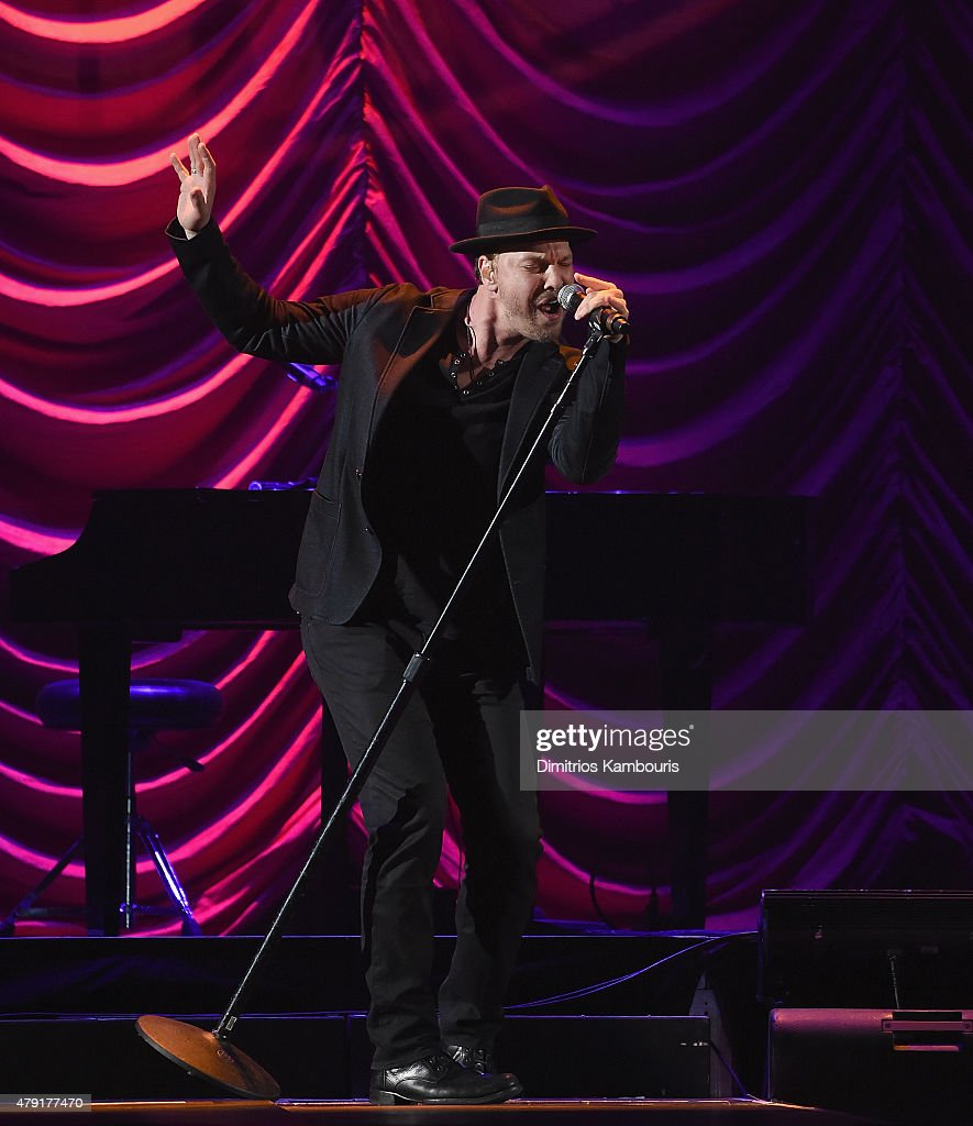 Gavin DeGraw performs at Nassau Coliseum on July 1, 2015 in Uniondale, New York.