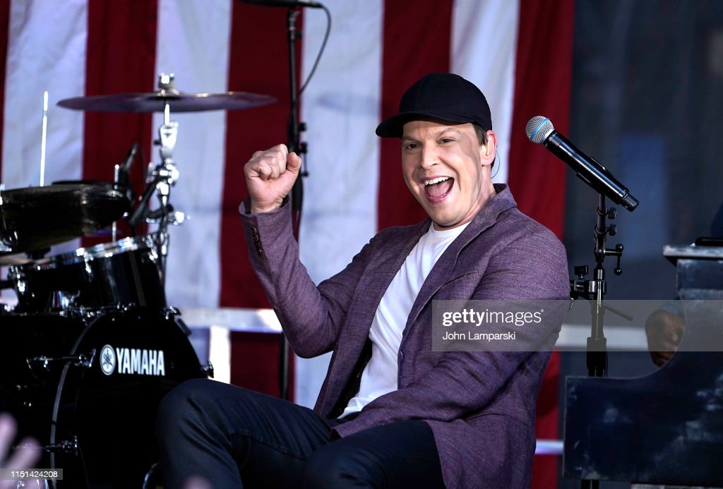"NY: Gavin DeGraw Performs on ""FOX & Friends"" All-American Summer Concert Series"
