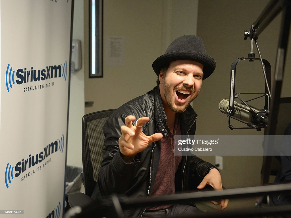 Gavin DeGraw visits the SiriusXM Studio on June 6, 2012 in New York City.