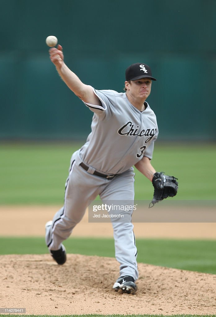 Gavin Floyd #34 of the Chicago White Sox pitches against the Oakland Athletics during a Major League Baseball game at the Oakland-Alameda County Coliseum on May 14, 2011 in Oakland, California.