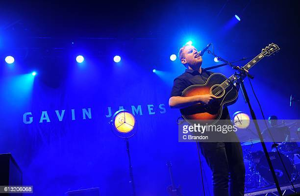 Gavin James performs on stage at the O2 Shepherds Bush Empire on October 7, 2016 in London, England.