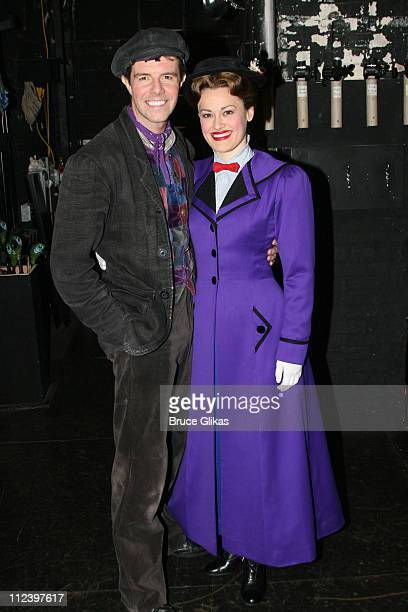 Gavin Lee as 'Bert' and Ashley Brown as 'Mary Poppins'