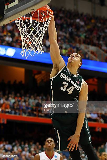 Gavin Schilling of the Michigan State Spartans dunks the ball in the first half of the game against the Oklahoma Sooners during the East Regional...