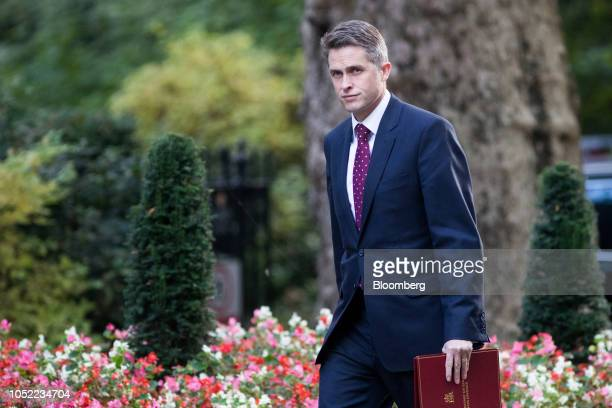 Gavin Williamson UK defence secretary arrives for a weekly meeting of cabinet ministers at number 10 Downing Street in London UK on Tuesday Oct 16...