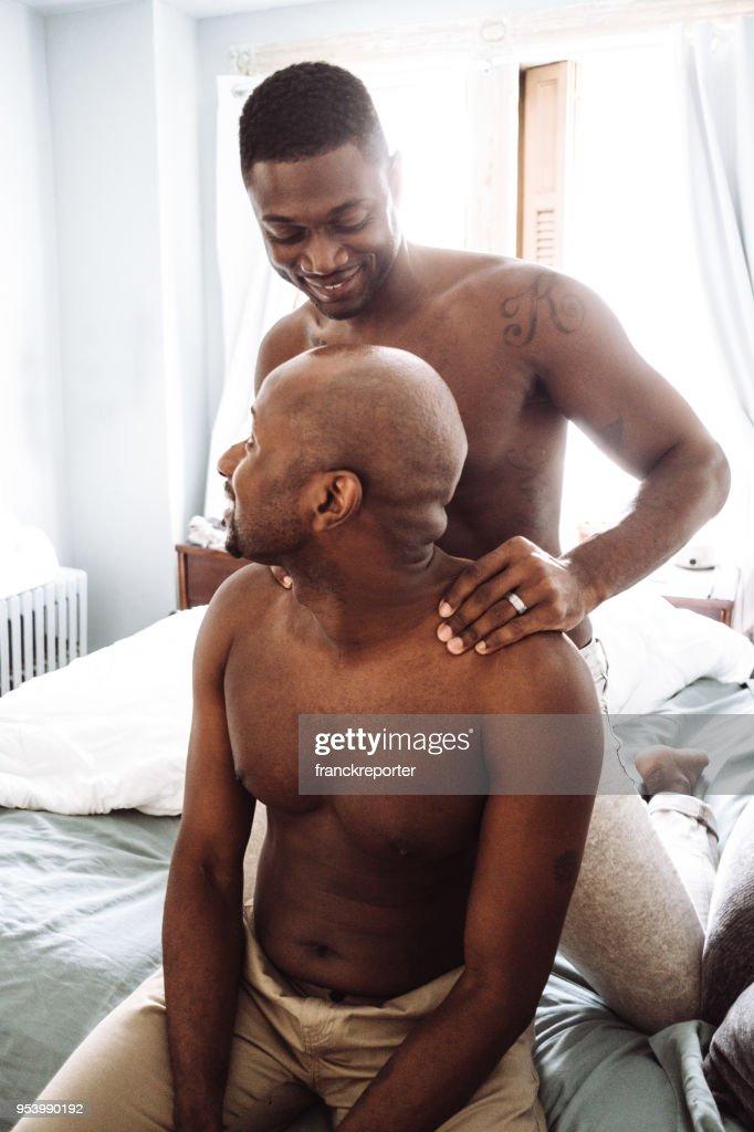 www gay massage com