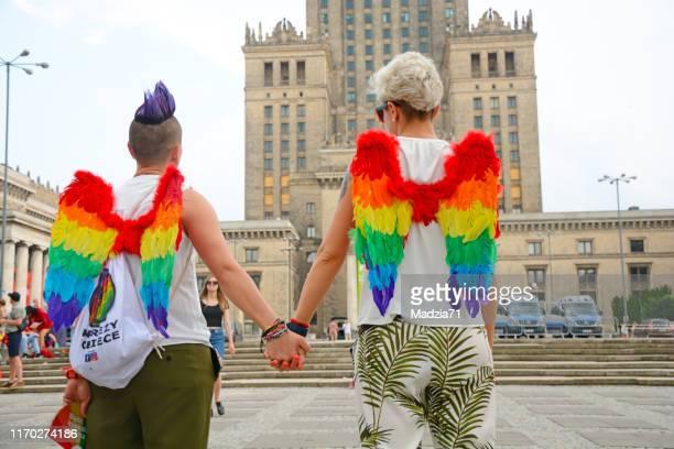 gay pride - polen stockfoto's en -beelden