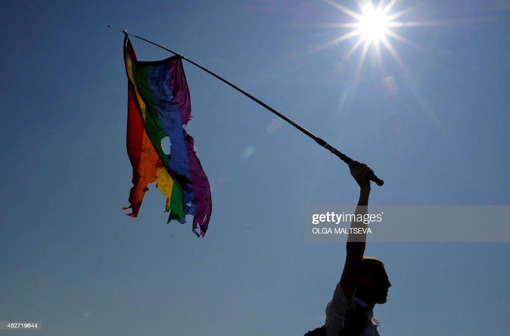 RUSSIA-POLITICS-GAY-DEMO : News Photo