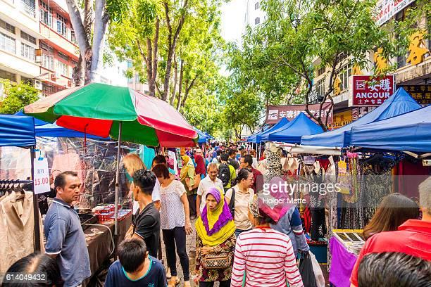 gaya street market in kota kinabalu - kota kinabalu stock pictures, royalty-free photos & images