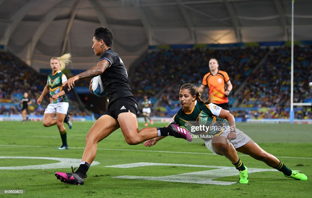 Gayle Broughton of New Zealand makes a break to score during the Rugby Sevens Women's Pool A match between New Zealand and South Africa on day nine of the Gold Coast 2018 Commonwealth Games at Robina Stadium on April 13, 2018 on the Gold Coast, Australia.