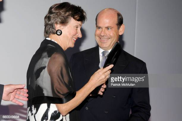 Gayle Greenhill and Jeffrey Rosen attend INTERNATIONAL CENTER OF PHOTOGRAPHY's 25th Annual INFINITY AWARDS at Pier 60 on May 12 2009 in New York