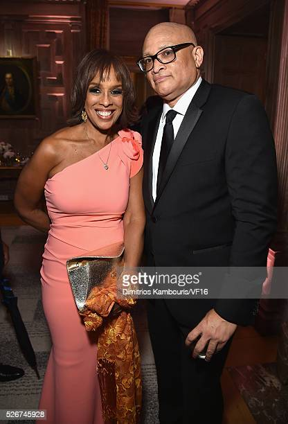 Gayle King and Larry Wilmore attend the Bloomberg Vanity Fair cocktail reception following the 2015 WHCA Dinner at the residence of the French...