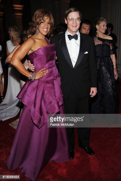 Gayle King and Shelby Bryan attend THE METROPOLITAN MUSEUM OF ART'S Spring 2010 COSTUME INSTITUTE Benefit Gala at THE METROPOLITAN MUSEUM OF ART on...