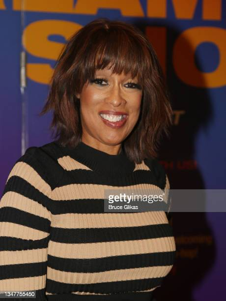 """Gayle King poses at the re-opening night arrivals for """"Freestyle Love Supreme"""" on Broadway at The Booth Theater on October 19, 2021 in New York City."""