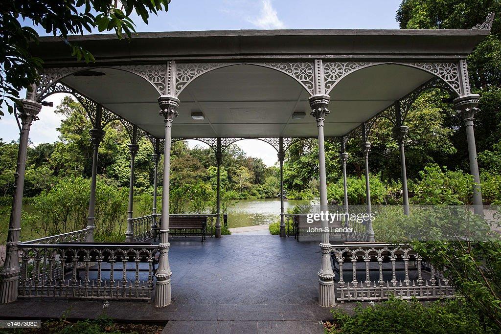 Gazebo at Swan Lake, Singapore Botanic Garden - Made of cast iron with  detailed etchings - Gazebo At Swan Lake, Singapore Botanic Garden - Made Of Cast