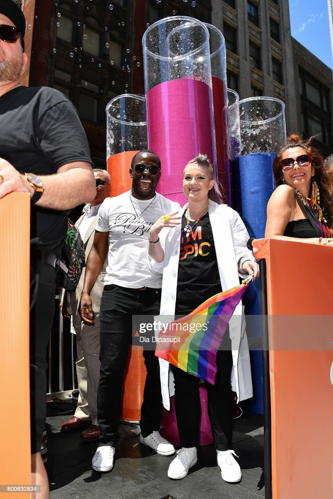 Gbenga Akinnagbe (L) Kelly Osbourne ride the amfAR #BeEpicEndAIDS float during the 2017 New York City Pride March on June 25, 2017 in New York City.