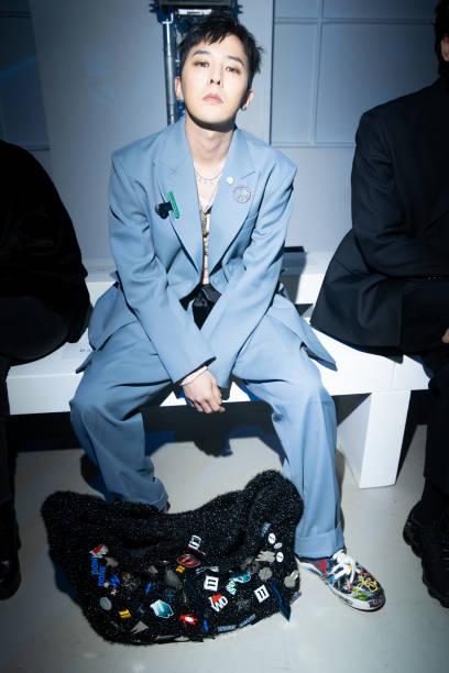FRA: WE11DONE : Front Row - Paris Fashion Week - Menswear F/W 2020-2021