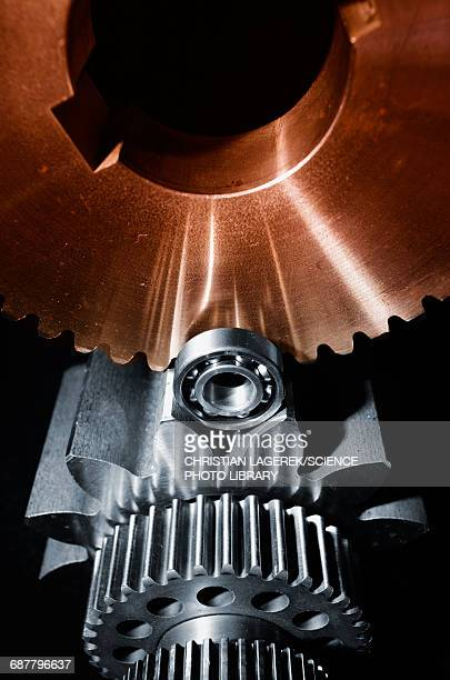 Gears and cogs with ball bearings
