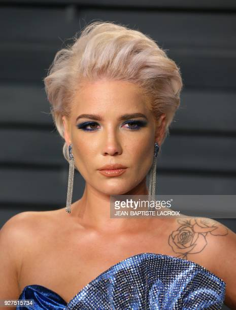 GEasy attends the 2018 Vanity Fair Oscar Party following the 90th Academy Awards at The Wallis Annenberg Center for the Performing Arts in Beverly...