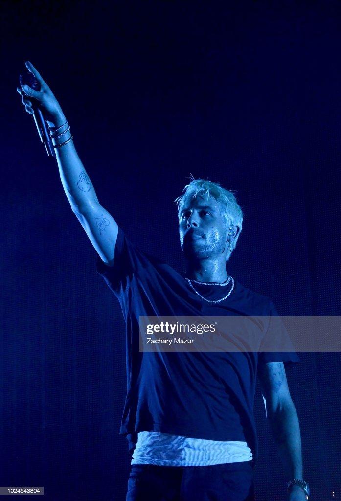 G Eazy In Concert Wantagh Ny Foton Och Bilder Getty Images